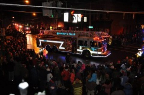 Great turnout for HFFD's Christmas Parade