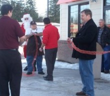 Ribbon cut on Dunkin Donuts grand opening