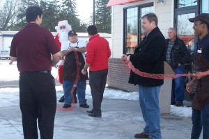 Ribbon cut on Dunkin Donuts grand opening