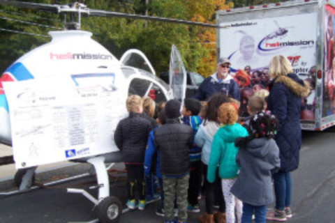 Lima Primary students explore during Maker Faire