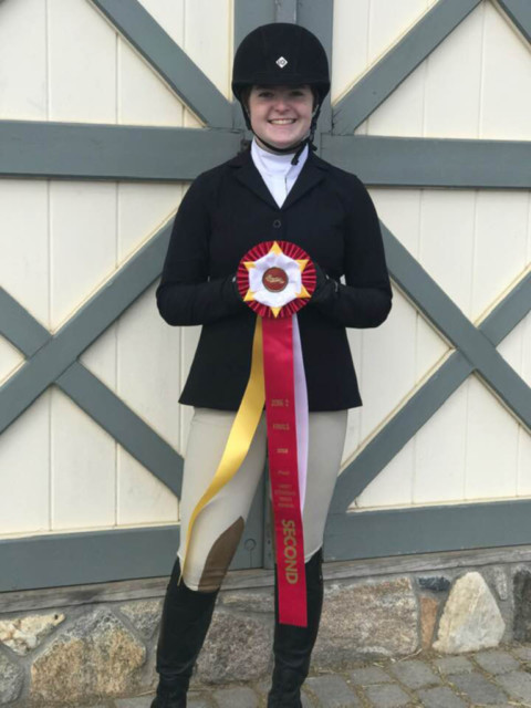 Abigail Smith qualifies for Equestrian Nationals