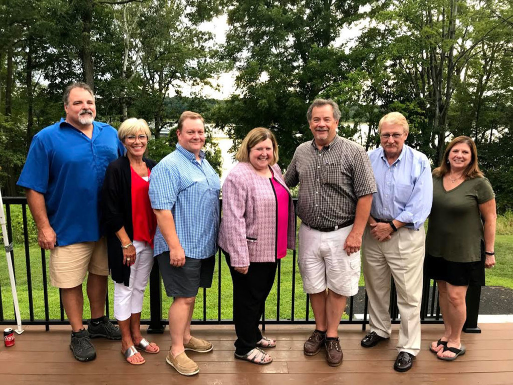 Mendon Republicans hold picnic