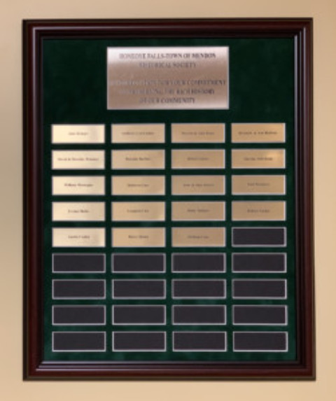 HF/M Historical Society dedicates plaque