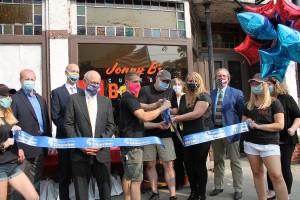 Jonny B's Custom BBQ in Lima Held  Grand Opening