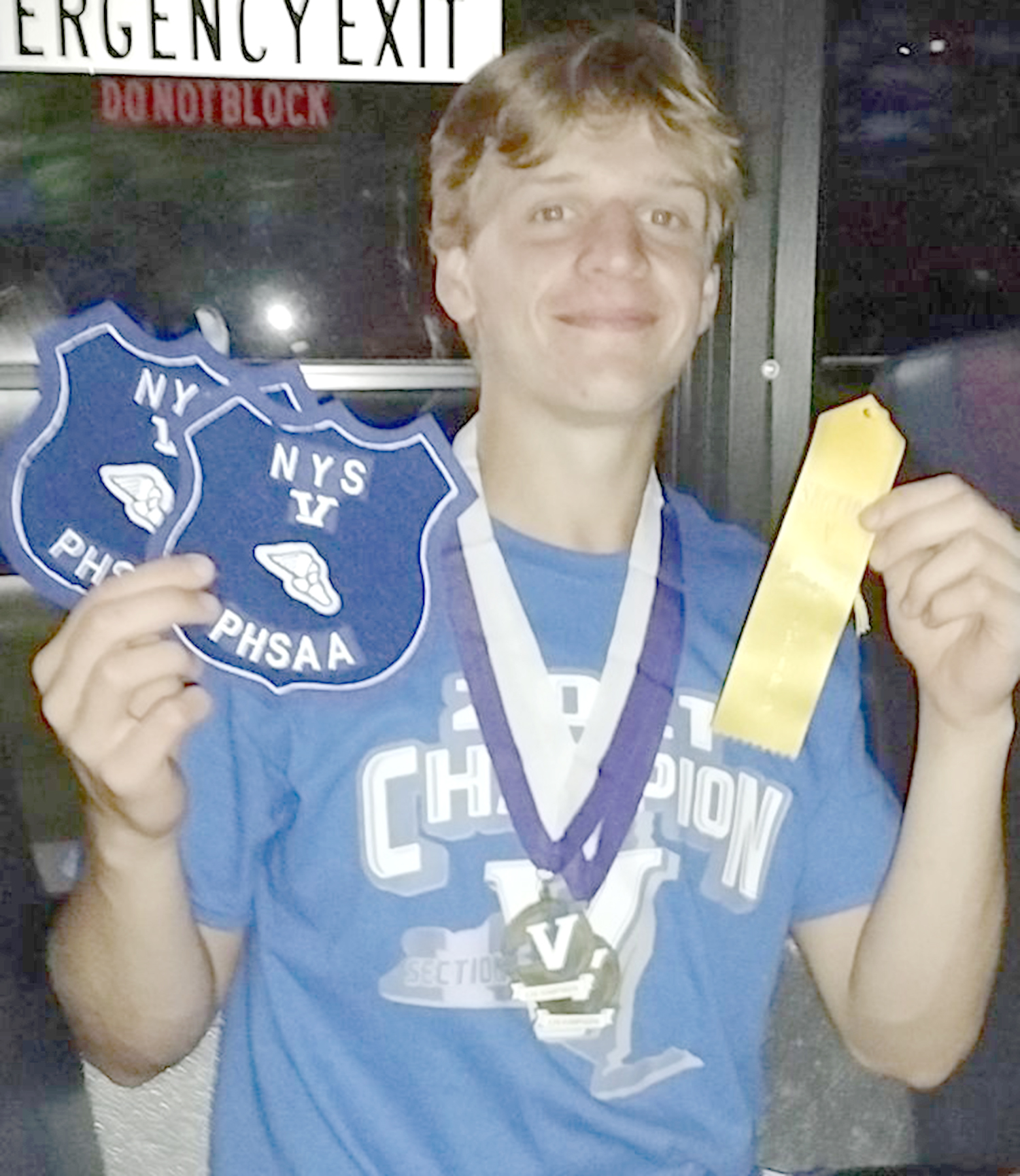 Aaron Lund wins 2 sectional titles for W-C track
