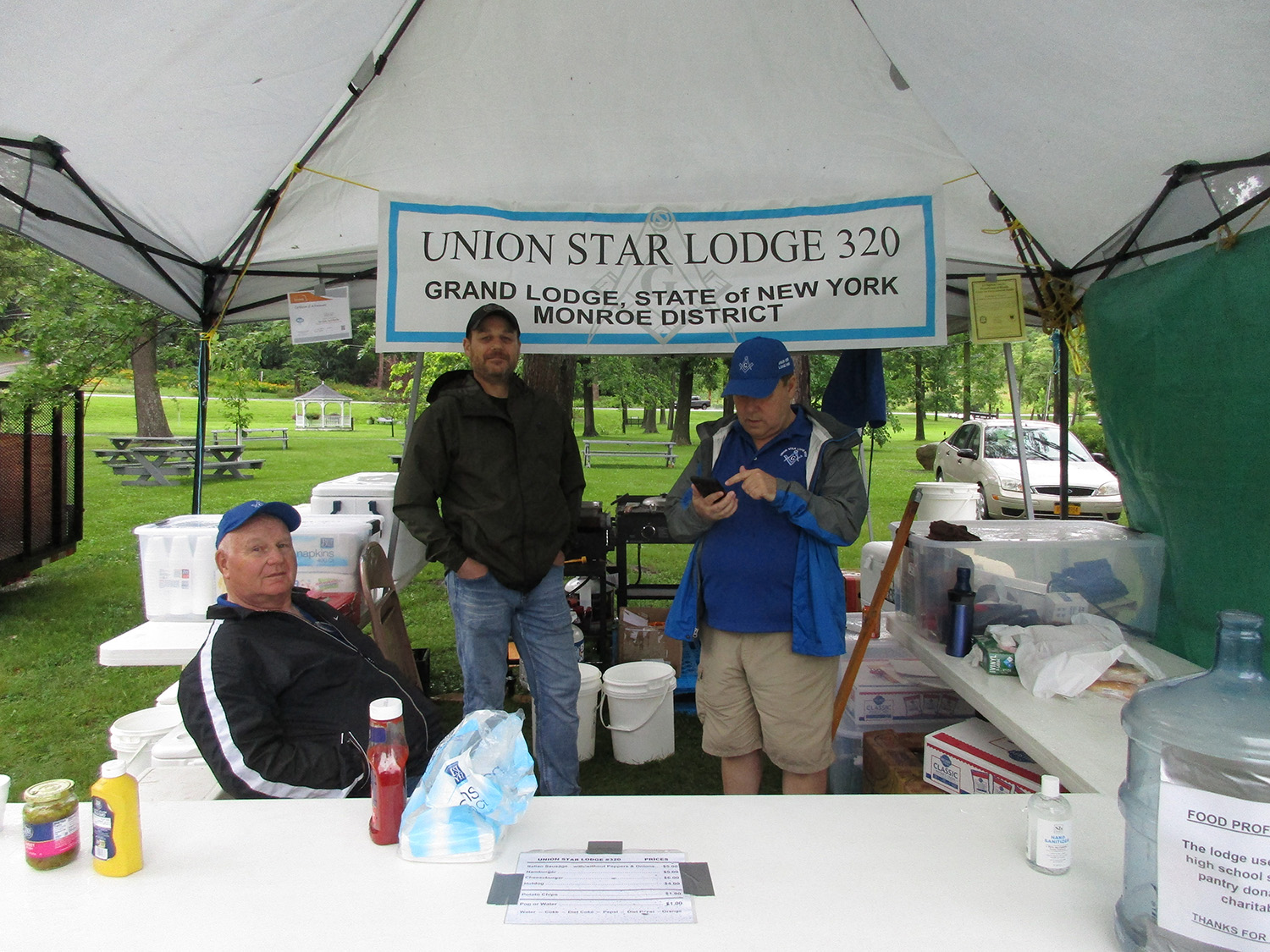 Union Star Lodge Members Raise Money For Projects